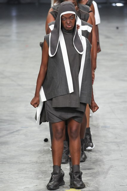 Milan fashion week takes a stomp in a new direction for Rick owens milan